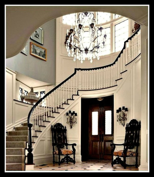 Photo credit: Robert Benson Foyer Design: Luxe Interiors