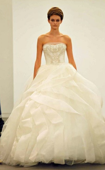 Vera Wang 2013 Bridal Collection Photo source: Pinterest