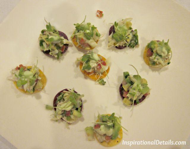 crab & avocado nachos
