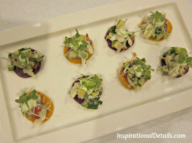 crab & avocado salad nachos