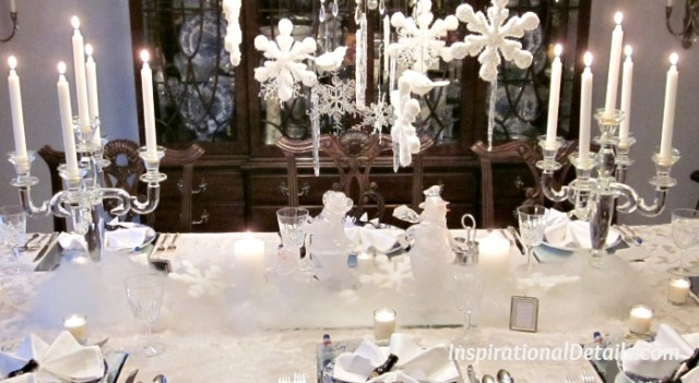 white Christmas table theme