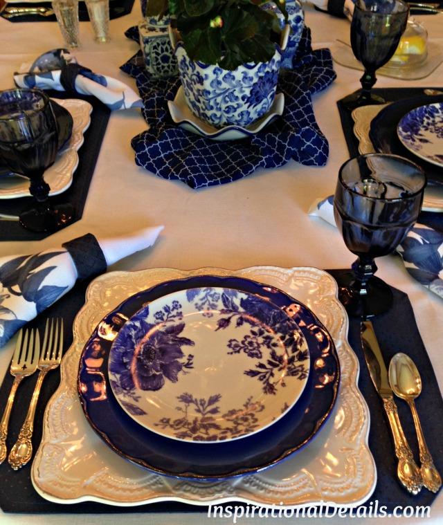 beautiful blue tablescape ideas