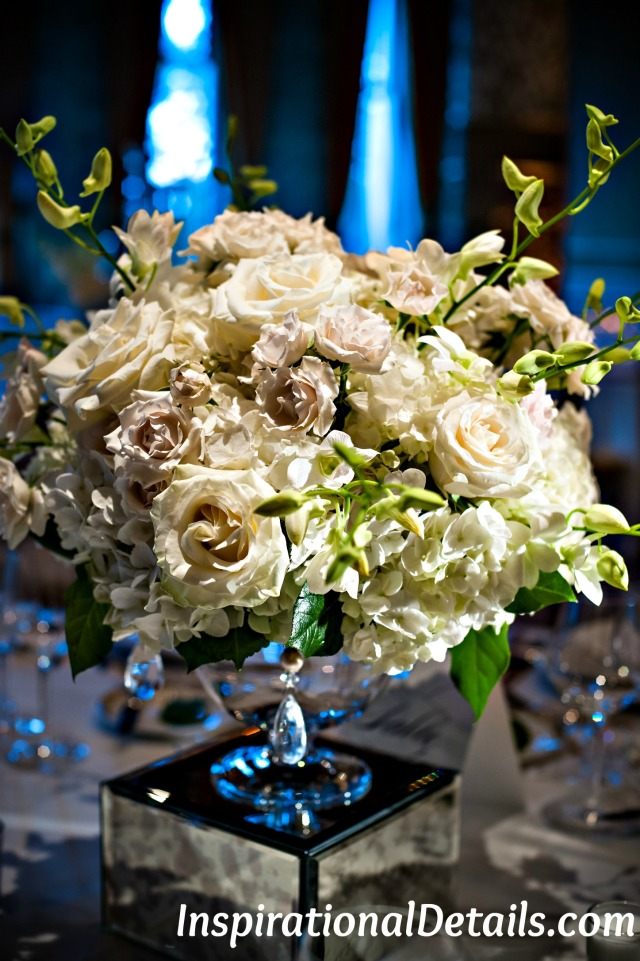 pretty wedding flowers -reception