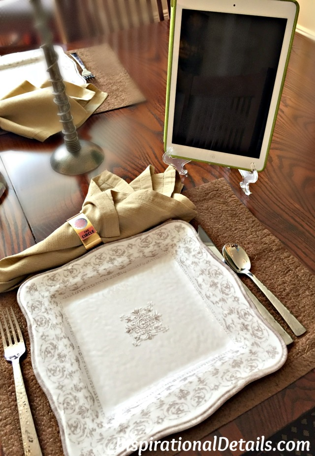 technology tablescape ideas