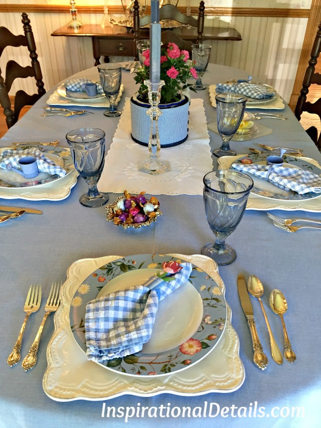blue and white, gingham table ideas